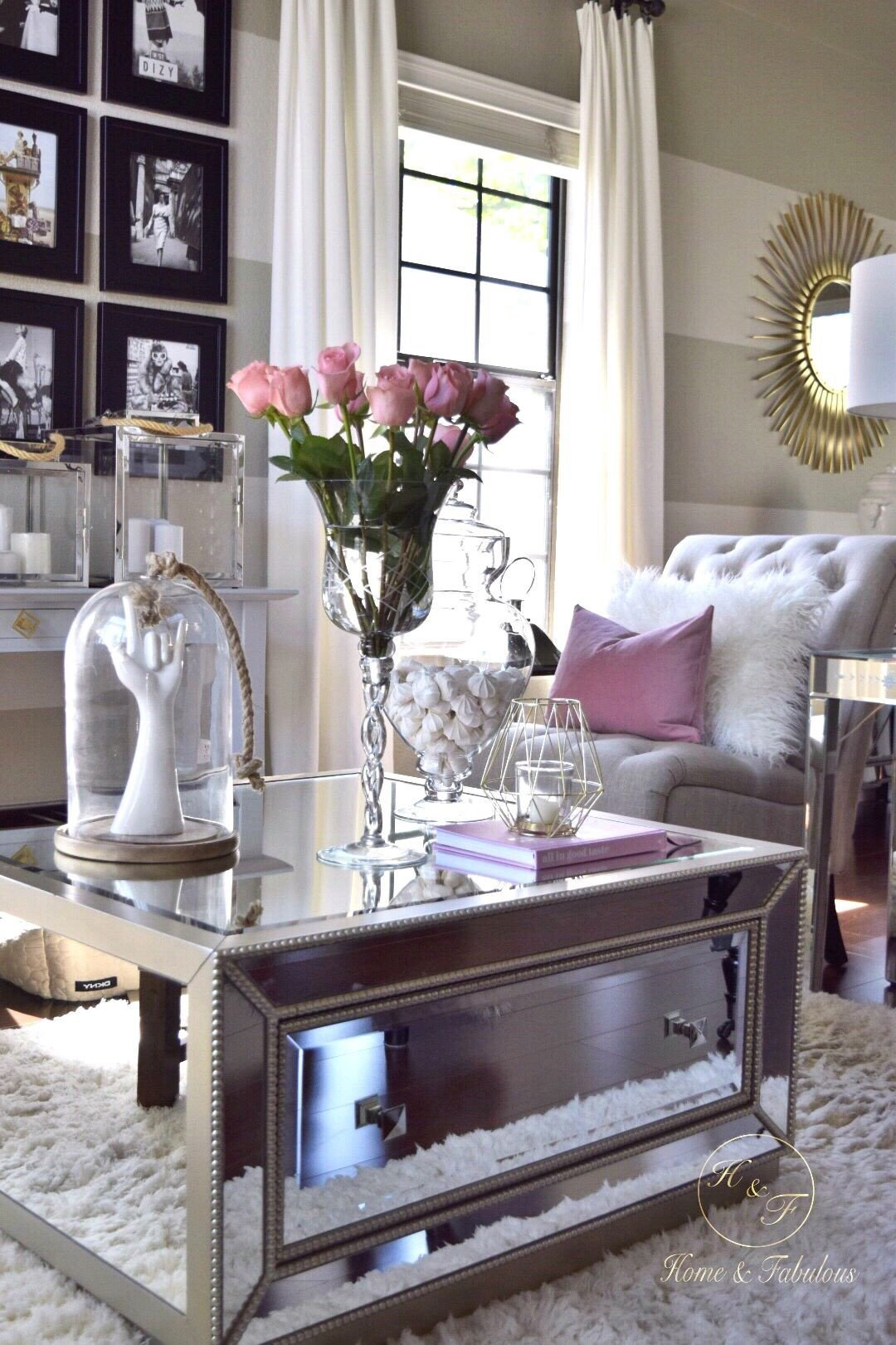 Living Room Center Table Decor New It S Amazing that I Can Find A Beautiful Coffee Table Like
