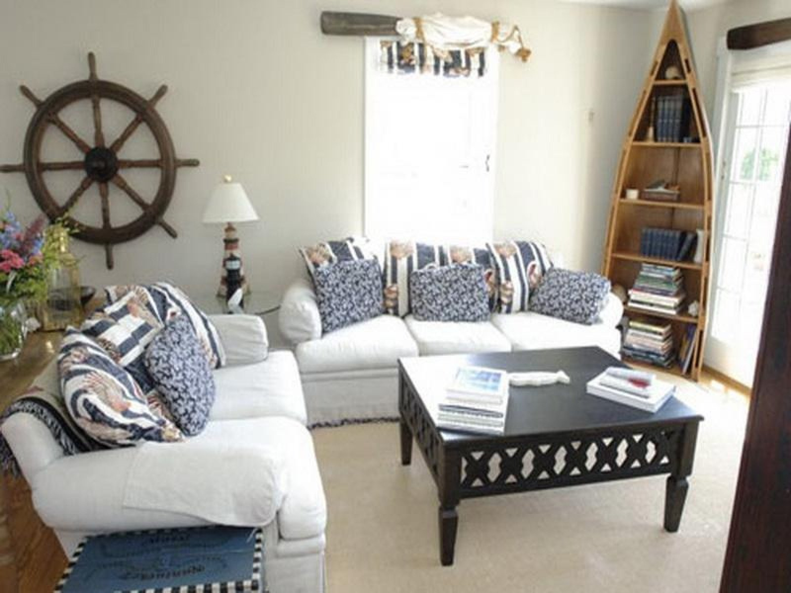 Nautical Decor Ideas Living Room Lovely 7 Amazing Nautical Homes to Copy