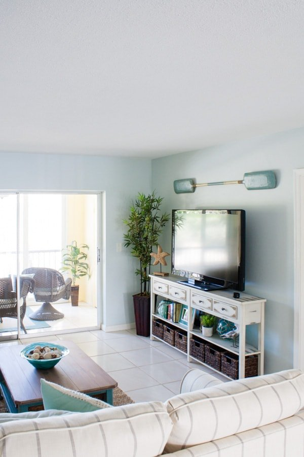 Pictures for Living Room Decor Elegant Beach Condo Living Room Decor before and afters the