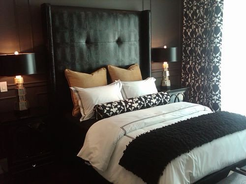 Black and Gold Bedroom Decor Awesome 30 Best Images About My Next Bedroom Black and Gold Ideas On Pinterest