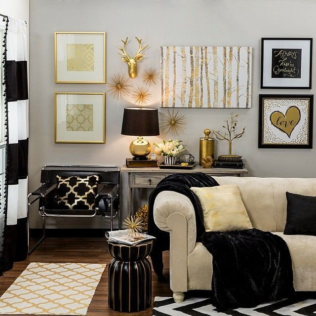Black and Gold Home Decor Beautiful Bring Home Big City Style with Metallic Gold and Black Decor Home Ideas Pinterest