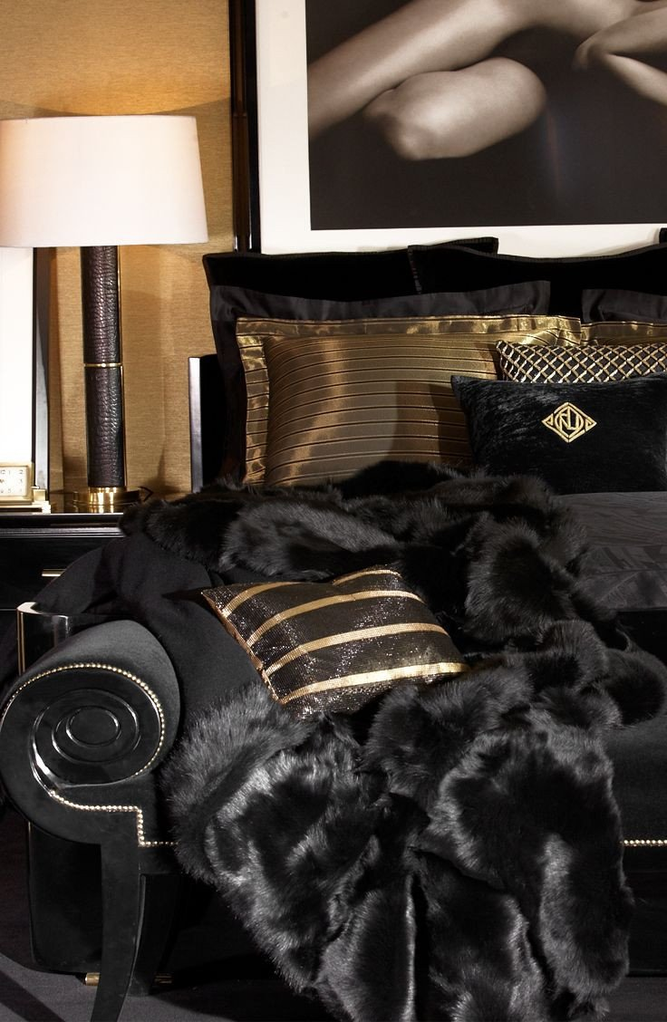 Black and Gold Room Decor Best Of Black and Gold Bedding It S Been Done before so Use Quality Fabrics and Textures to Make Your