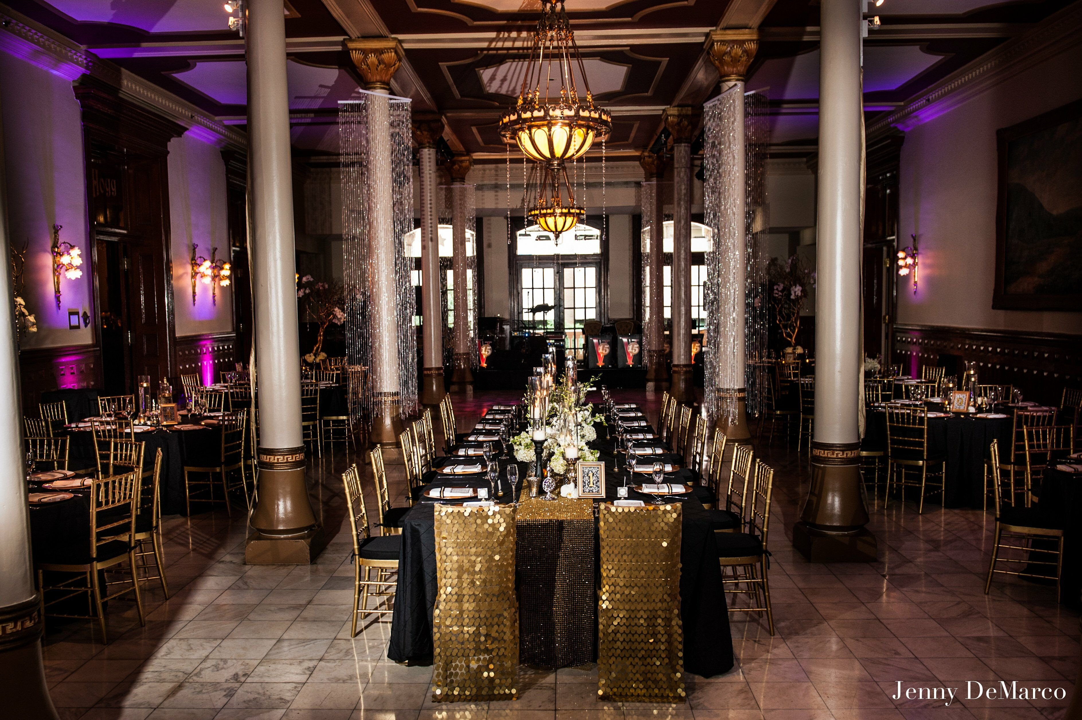 Black and Gold Wedding Decor Lovely Black and Gold Reception Decor