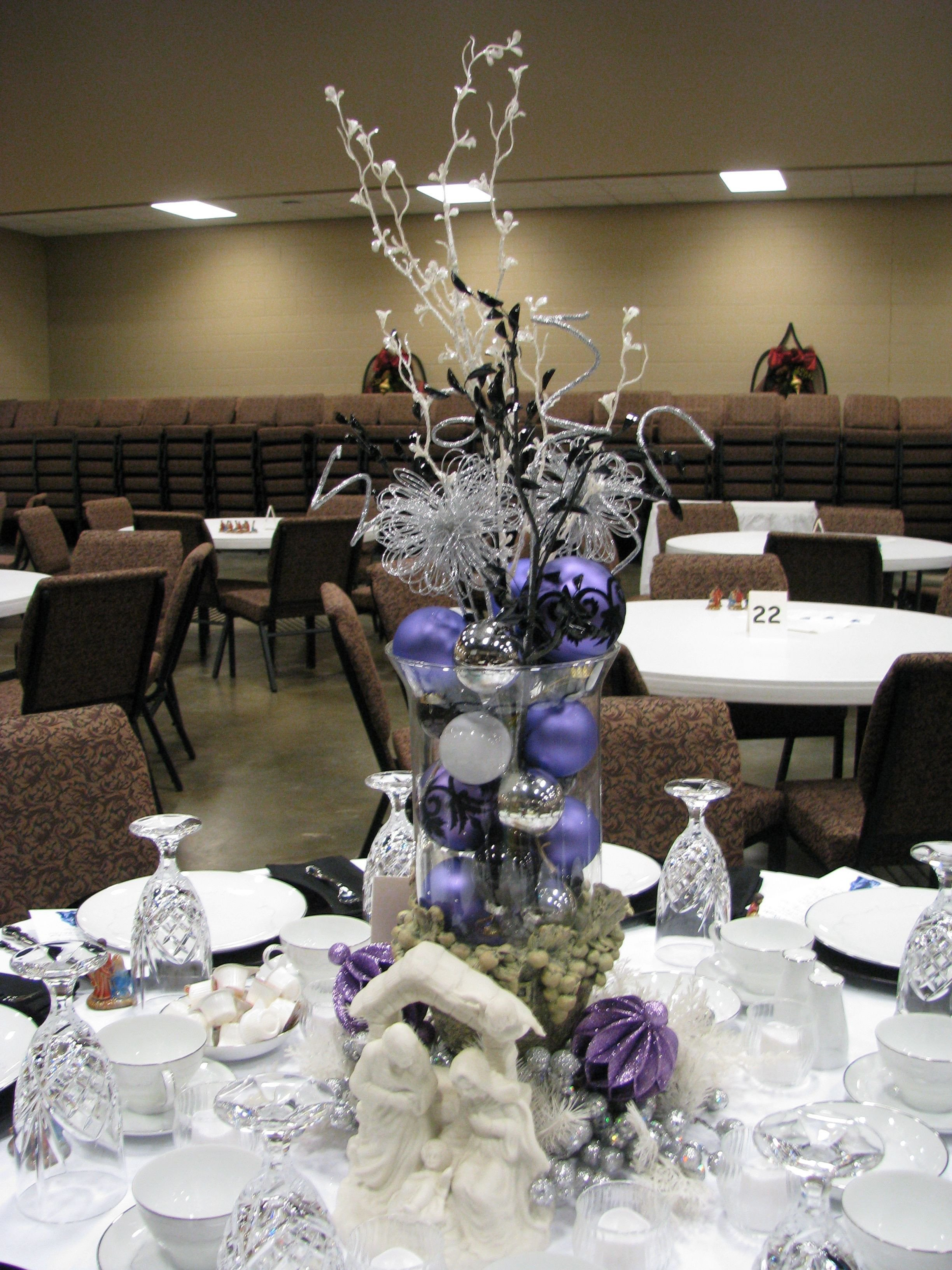 Black and Silver Table Decor Elegant Purple White Silver and Black Table Decoration