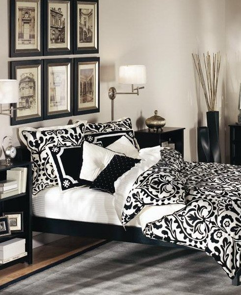 Black and White Bedroom Decor Lovely 19 Traditional Black and White Bedroom that Inspire Digsdigs