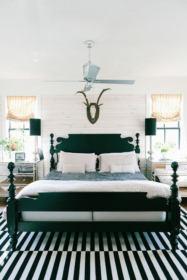 Black and White Farmhouse Decor Beautiful How to Enhance A Décor with A Black and White Striped Rug