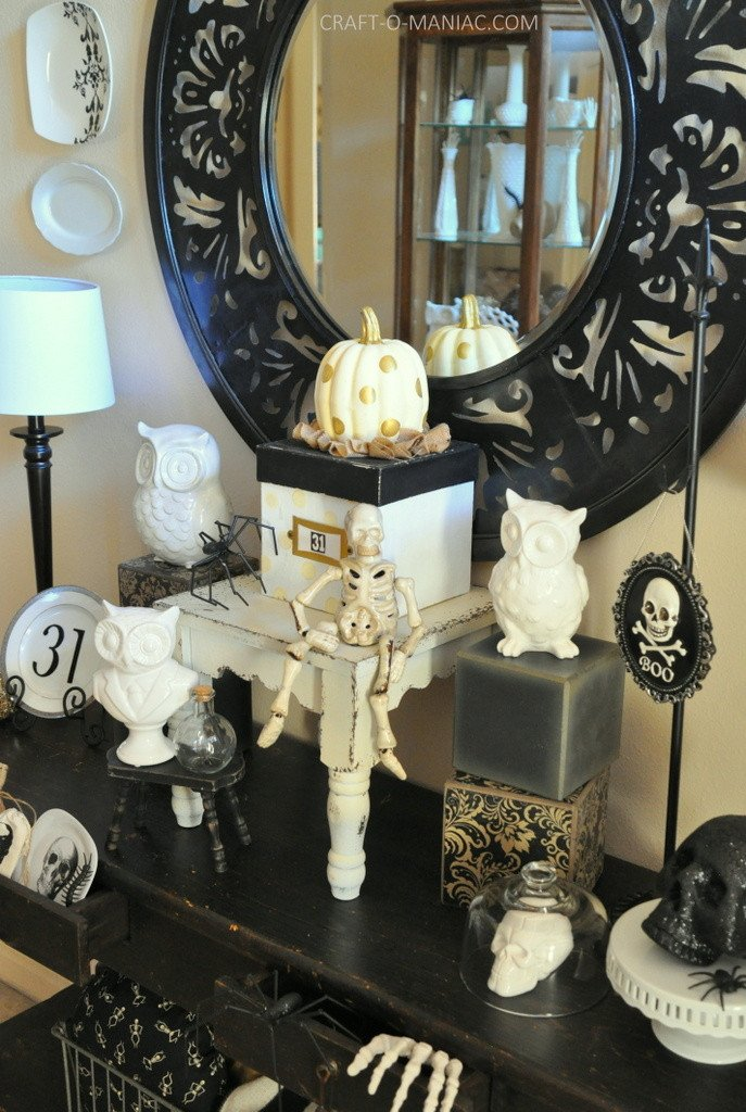 Black and White Halloween Decor Awesome Black and White Halloween Decor