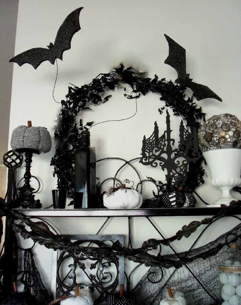 Black and White Halloween Decor Elegant Plete List Of Halloween Decorations Ideas In Your Home
