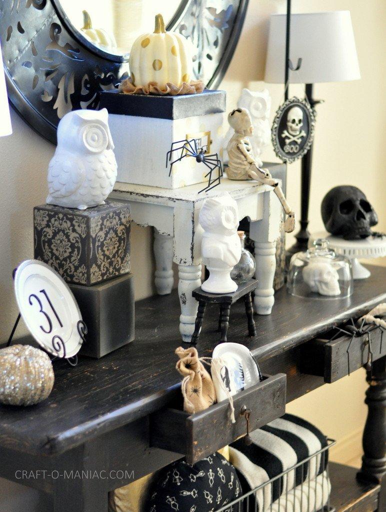 Black and White Halloween Decor Inspirational 31 Ideas for Stylish Black & White Halloween Decorations