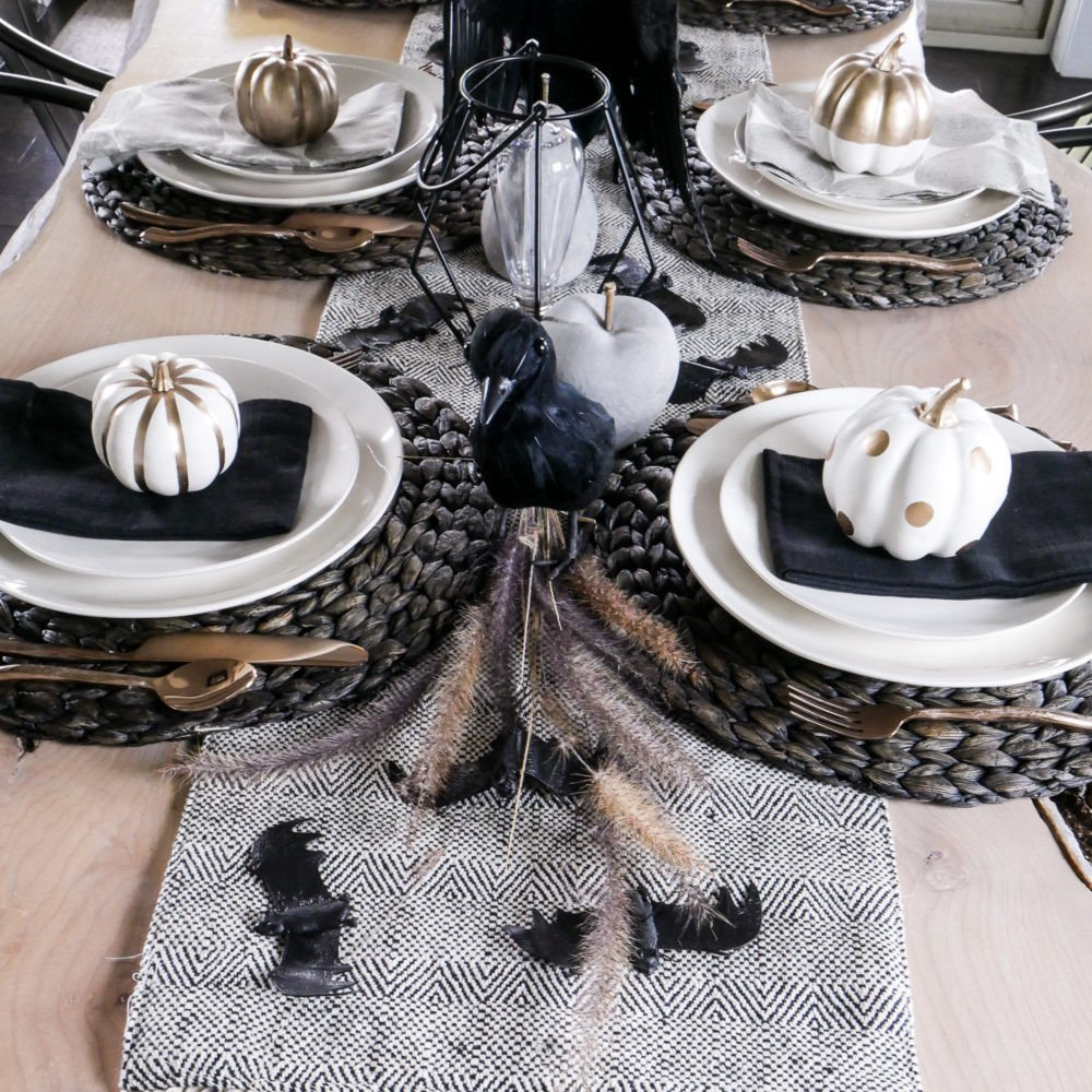 Black and White Table Decor Beautiful Black and White Halloween Table Decorations Taryn Whiteaker