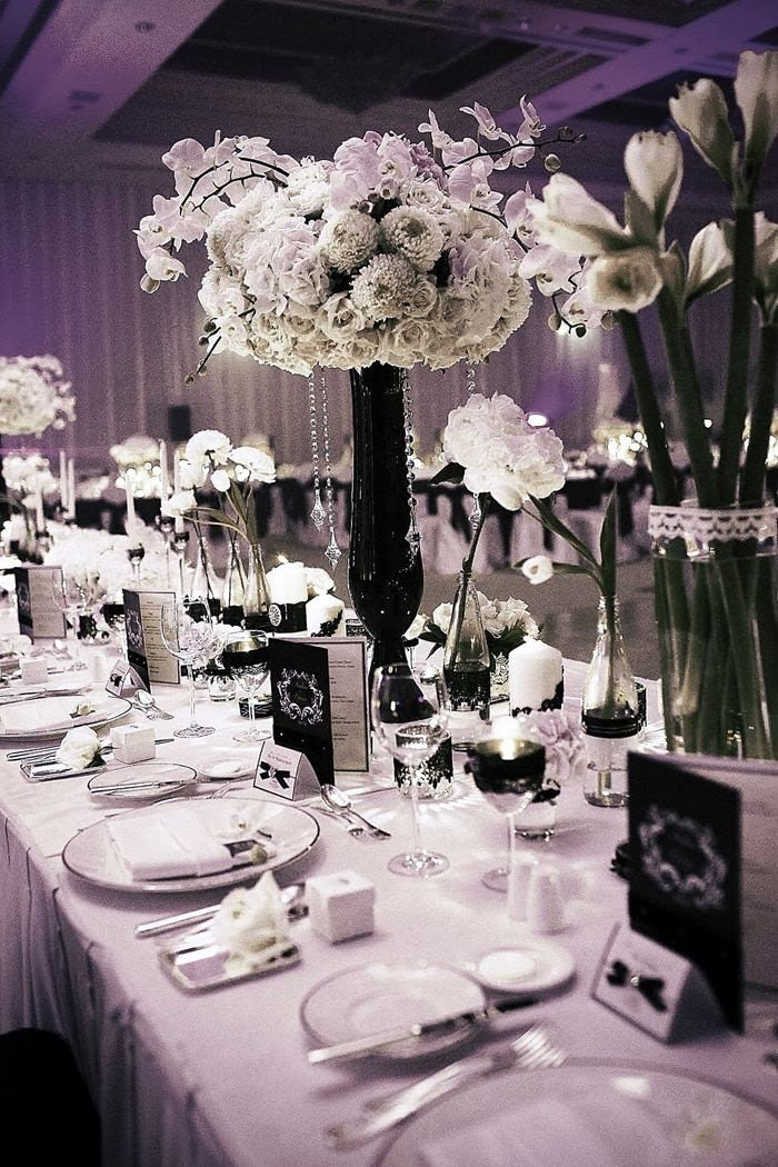 Black and White Table Decor Inspirational Black and White Wedding Centerpieces
