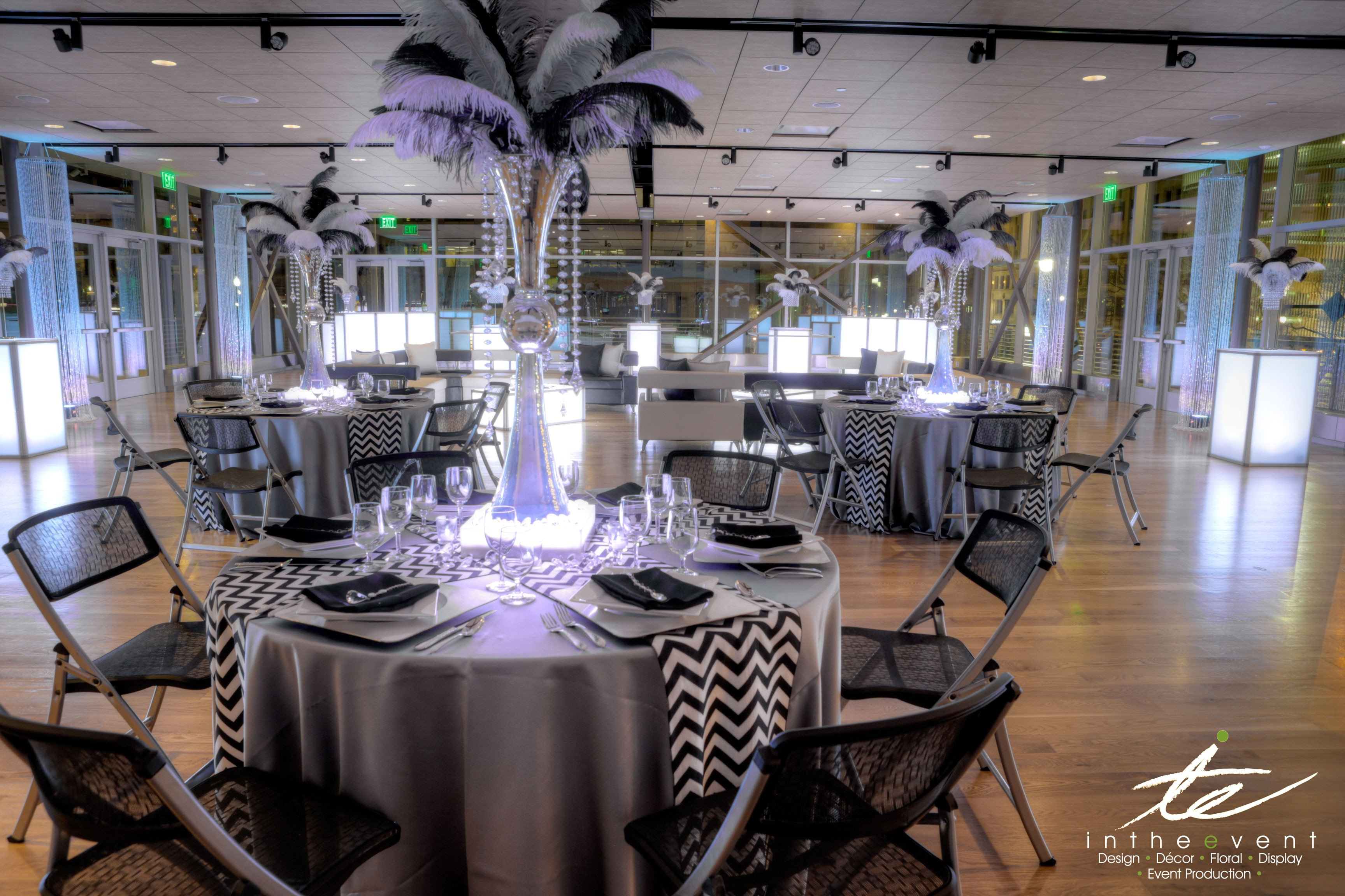 Black and White Table Decor Luxury Modern event Décor