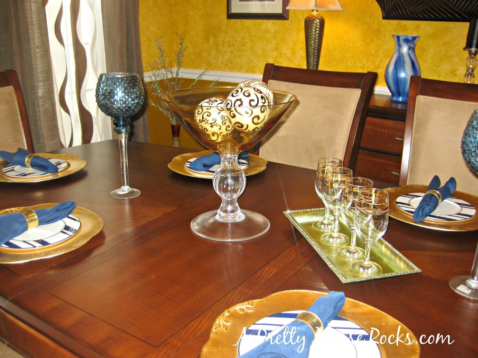 Blue and Gold Home Decor Awesome Brown Blue and Gold Dining Room Decor A Pretty House Rocks Home Decorating Blog