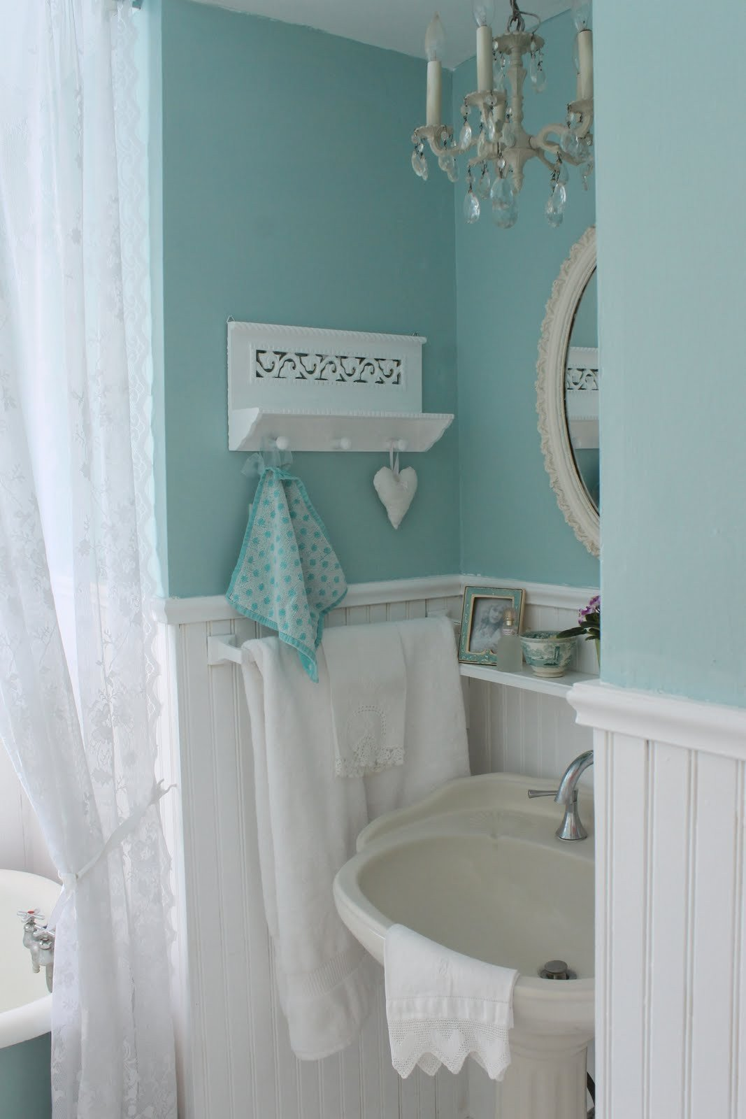 Blue and Green Bathroom Decor Beautiful Aiken House & Gardens Vintage Style Guest Bath