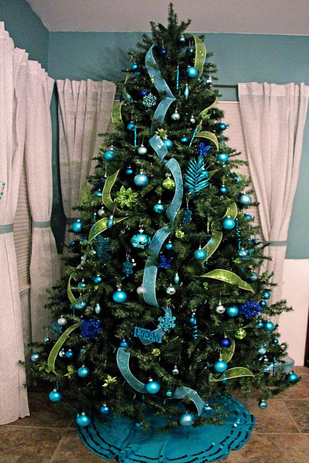 Blue and Green Christmas Decor Best Of Eye Of the Storm Christmas Decorating