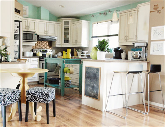 Blue and Green Kitchen Decor Beautiful Color Crush Blue and Green Kitchens