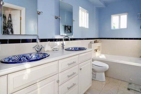 Blue and White Bathroom Decor Luxury Blue & White Bathroom Decorations