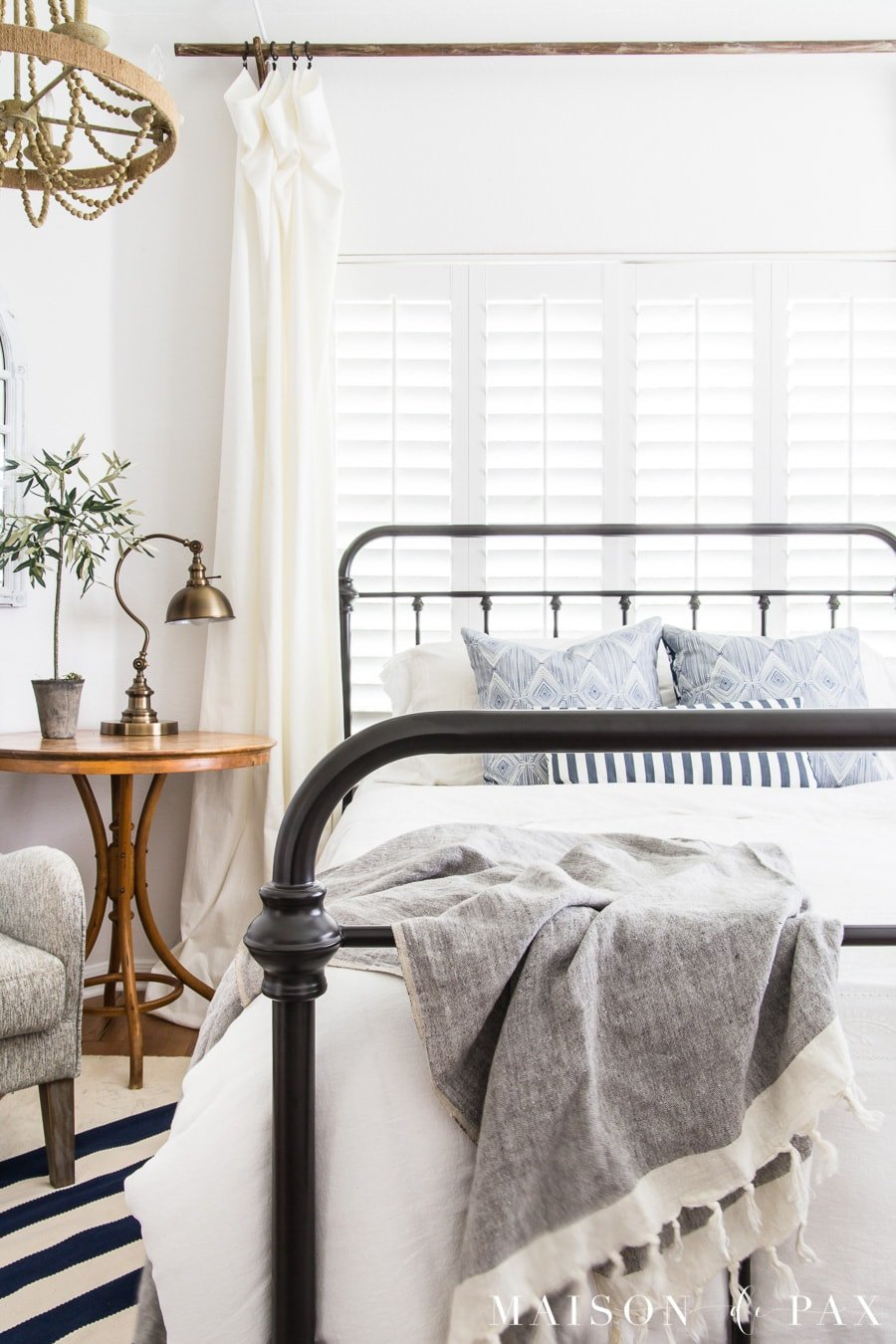 Blue and White Decor Ideas Beautiful Blue and White Bedroom Ideas for Summer Maison De Pax
