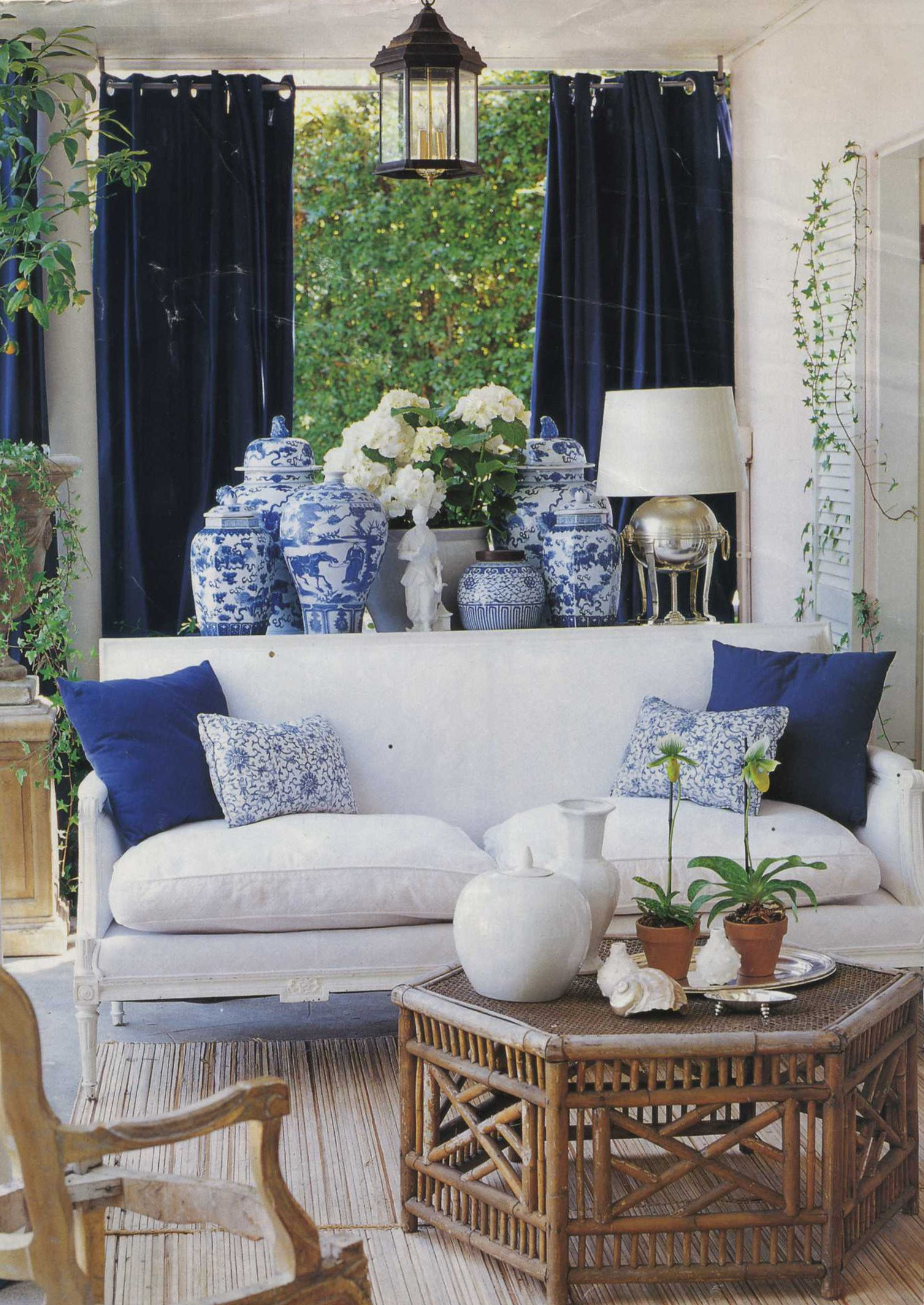 Blue and White Decor Ideas Beautiful Chinoiserie Chic the History Of Blue and White Porcelain