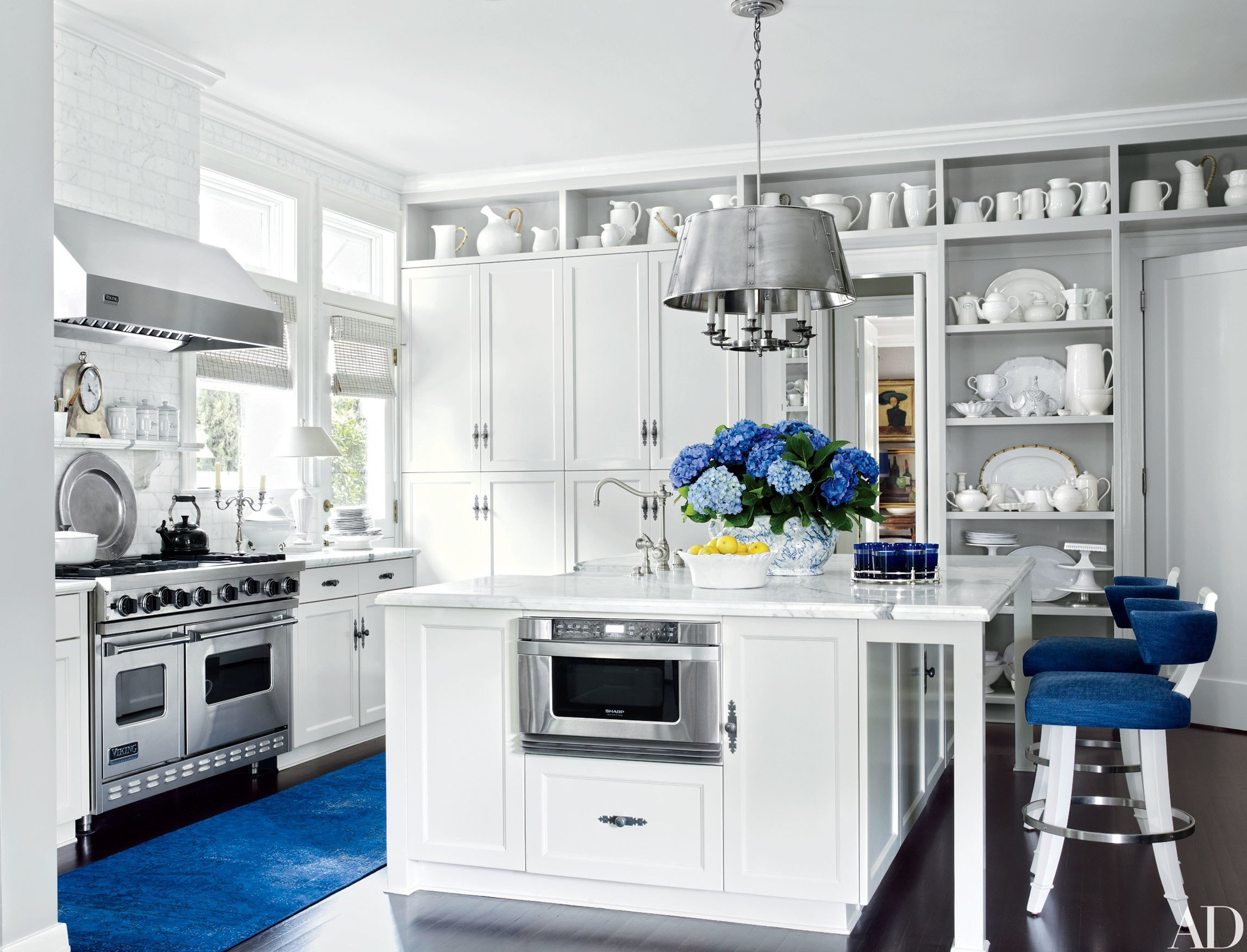Blue and White Kitchen Decor Beautiful 27 Rooms that Showcase Blue and White Decor S