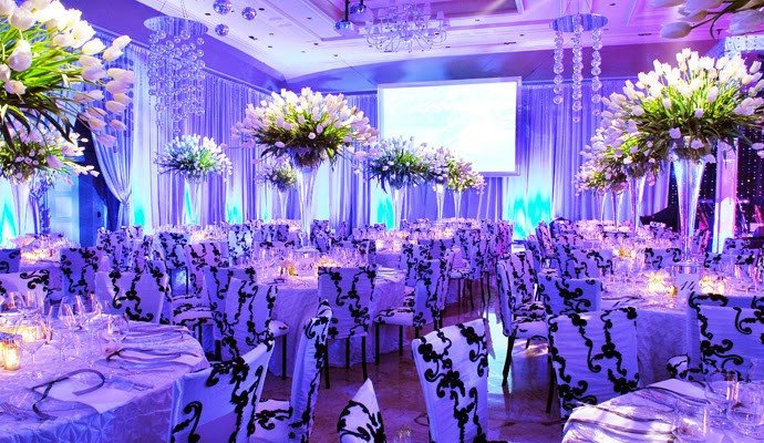 Blue and White Wedding Decor Luxury Royal Blue Silver White Wedding Decorations