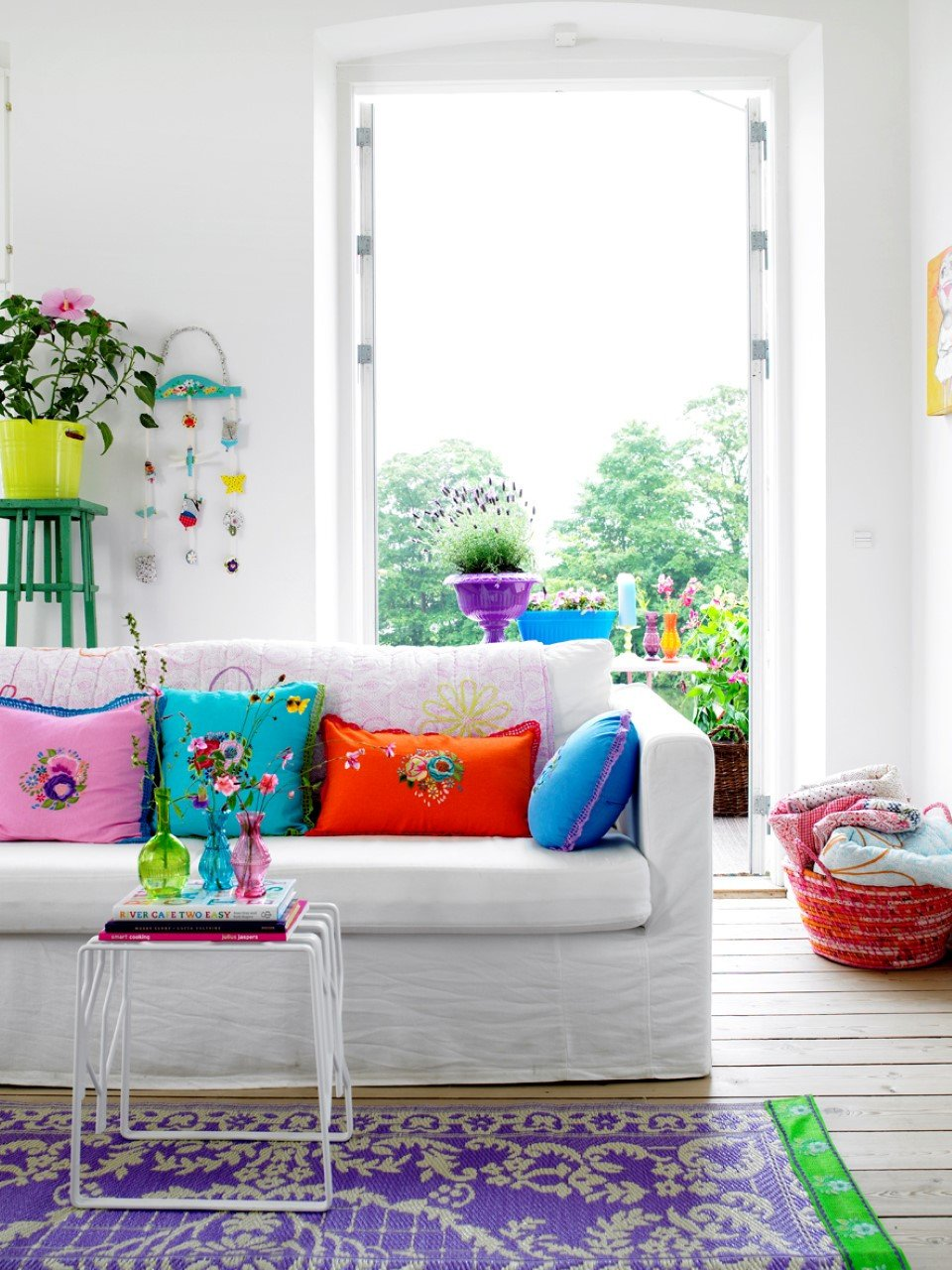 Bright Living Room Ideas Fresh Fun and Bright Living Room Color Ideas Wrapping fort Cheerfully