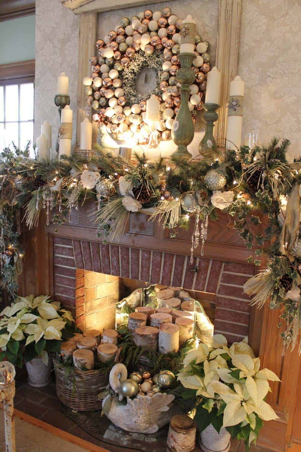 Christmas Decor for Fireplace Mantels Awesome 50 Absolutely Fabulous Christmas Mantel Decorating Ideas