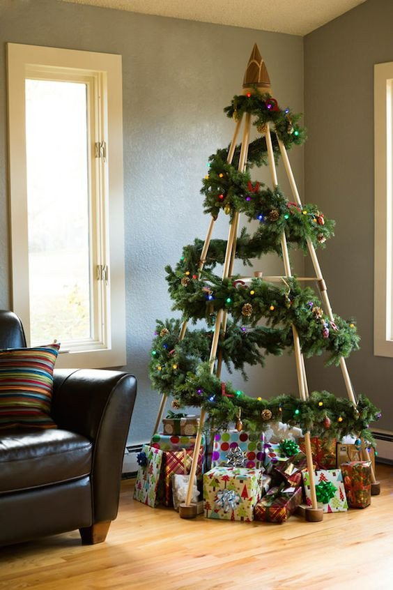 Christmas Decor without A Tree Elegant Creative Ways to Display ornaments without A Traditional Christmas Tree