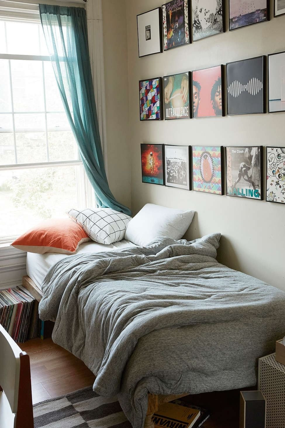College Dorm Decor for Guys Unique T Shirt Heathered Jersey forter Snooze Set Urban Outfitters Uooncampus In 2019