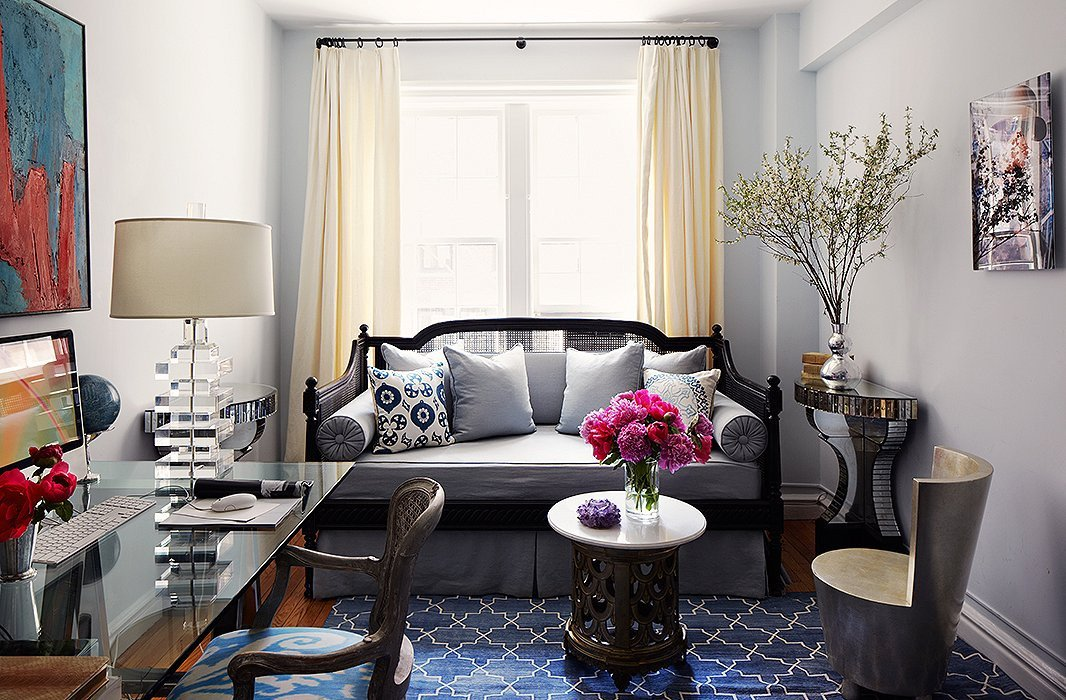 Comfortable Daybeds Living Room Inspirational Decorating with A Daybed Your Essential Guide
