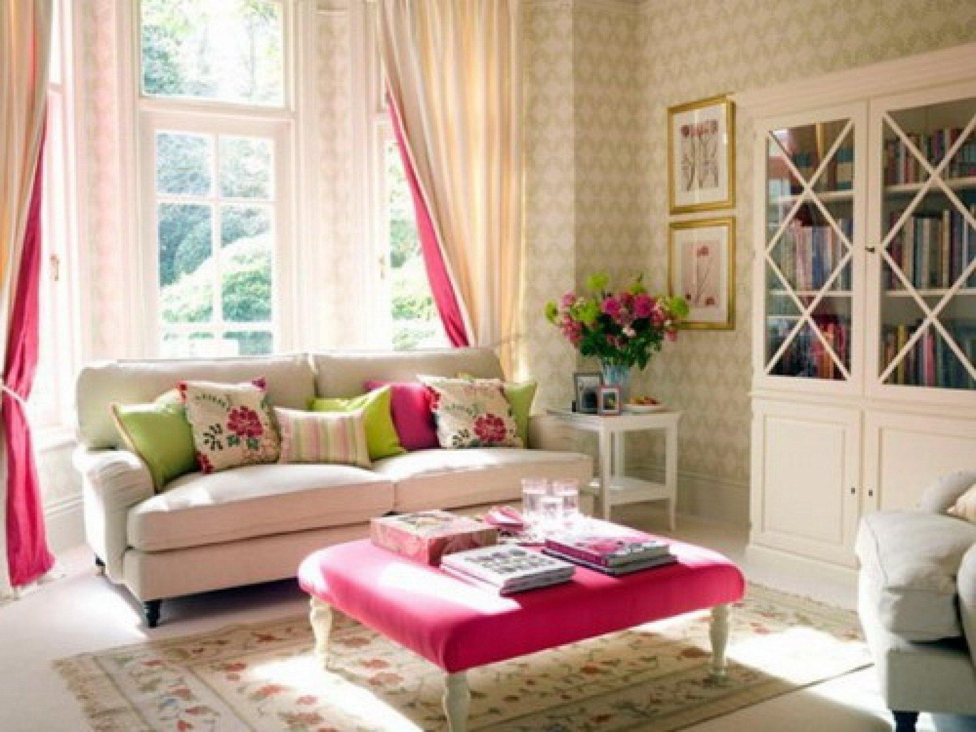 Comfortable Feminine Living Room New Romantic Living Room Ideas for Feminine Young La S' Casa Ideas 4 Homes