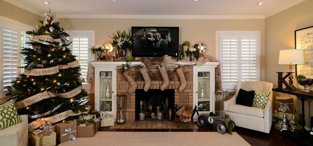 Comfortable Living Family Room Elegant How to Find Your Style when Decorating A Christmas Tree