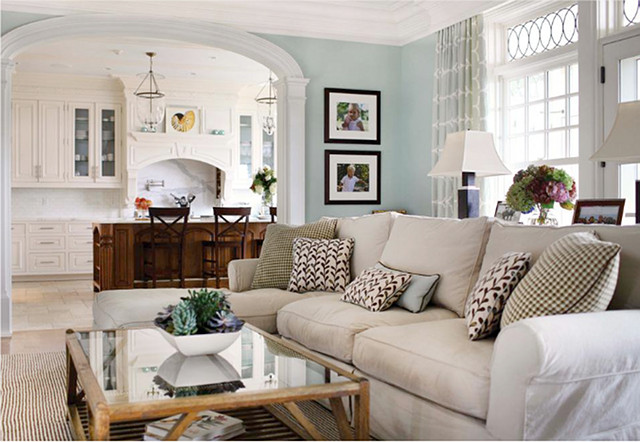 Comfortable Living Family Room Luxury Timeless Waterfront Home Home Bunch Interior Design Ideas