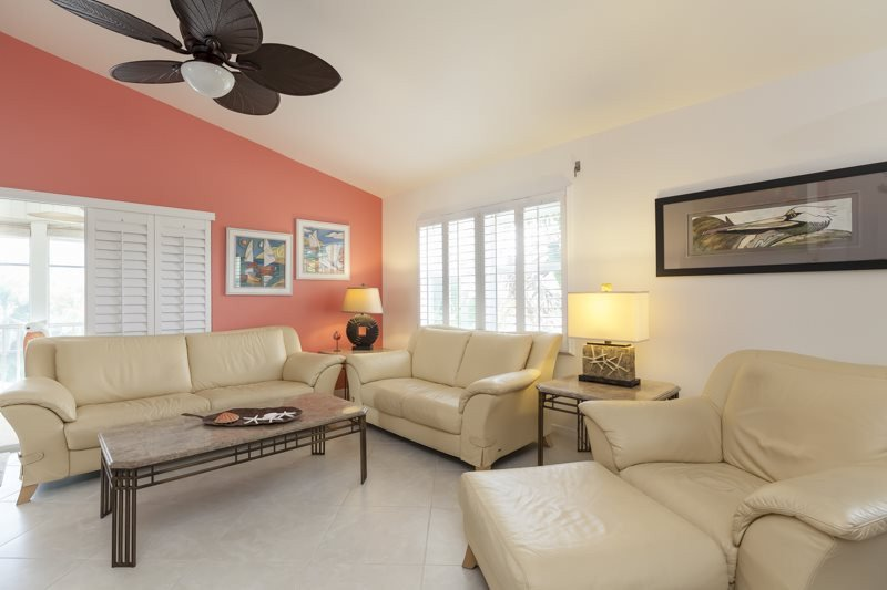 Comfortable Living Room Kitchen Awesome Coconut Corner fort Myers Beach Vacation Rental