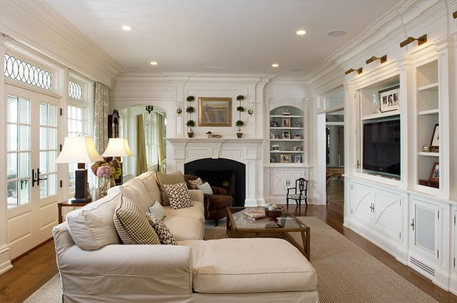 Comfortable Living Room Timeless Inspirational Timeless Waterfront Home Home Bunch Interior Design Ideas