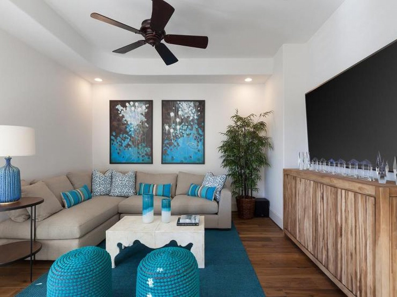 Contemporary Living Room Turquoise Beautiful Gray and Turquoise Blue Living Rooms Transitional Room