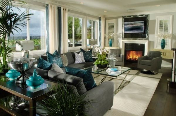 Decorating With Turquoise Colors of Nature & Aqua Exoticness