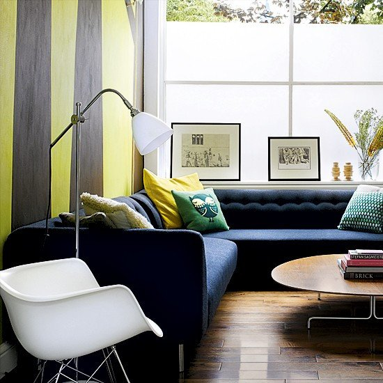 Contemporary Living Room Wallpaper Lovely Living Room with Striped Wallpaper Living Room Designs Wallpapers