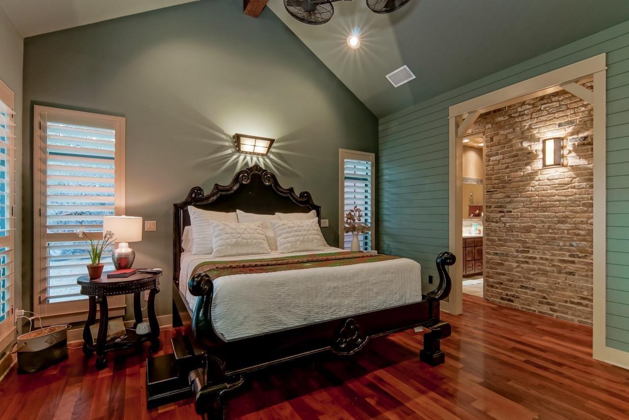 Dark Wood Bedroom Furniture Decor Elegant S