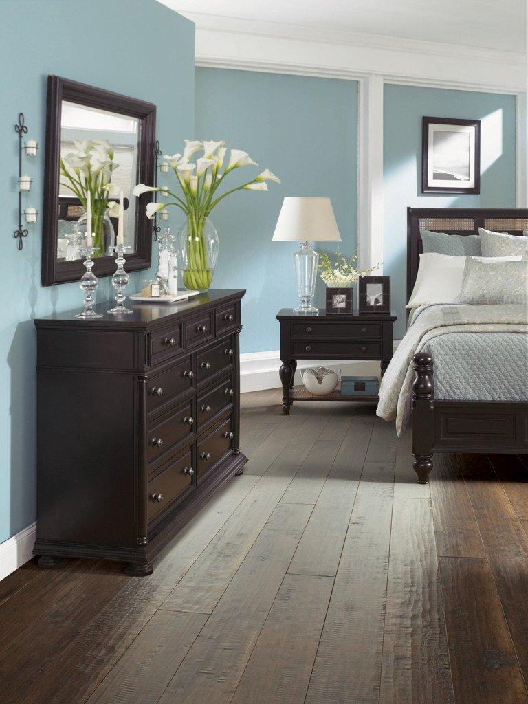 Dark Wood Bedroom Furniture Decor Inspirational 25 Dark Wood Bedroom Furniture Decorating Ideas