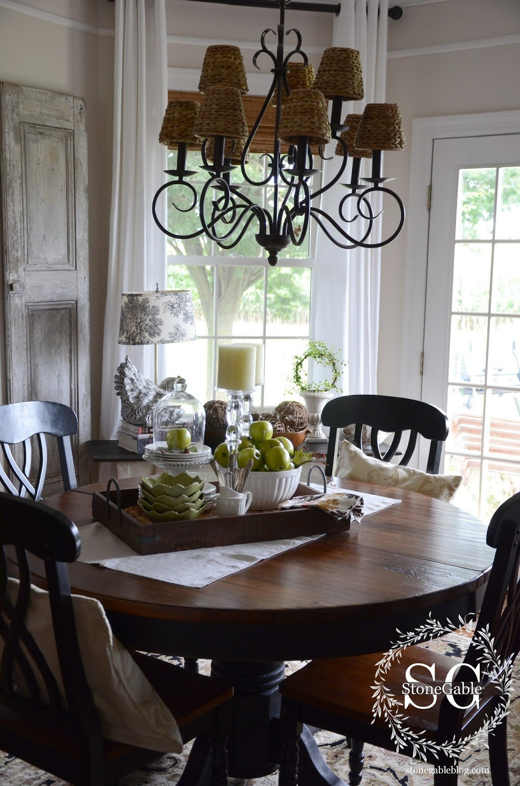 Decor for Dining Room Table Beautiful Dining Table Decor for An Everyday Look Tidbits&twine