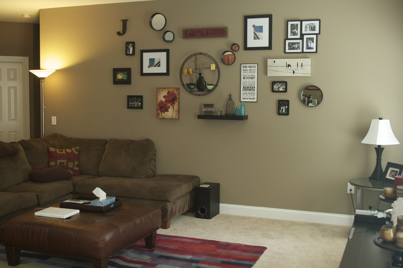Decor for Living Room Wall Inspirational oregon Transplant Home Decor Living Room Wall Collage