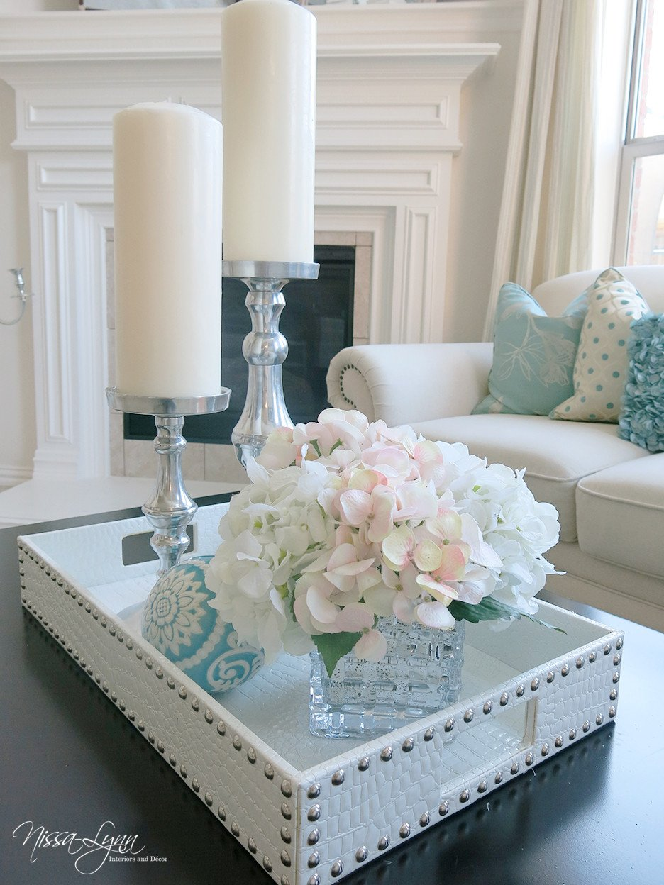 Decor Ideas for Coffee Tables Beautiful Nissa Lynn Interiors Holiday Coffee Table Decor