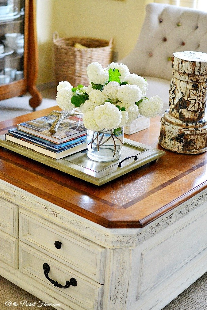 Decor Ideas for Coffee Tables Luxury Chalky Finish Coffee Table Makeover at the Picket Fence