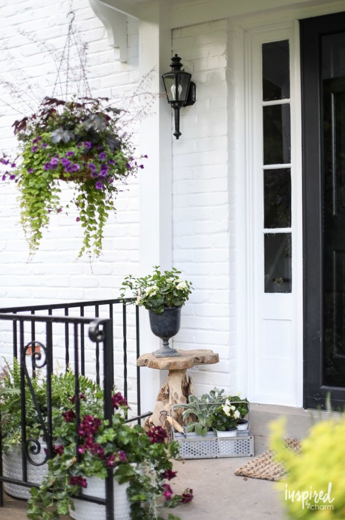 Decor Ideas for Front Porch Inspirational Front Porch Decorating Ideas and Outdoor Styling Tips