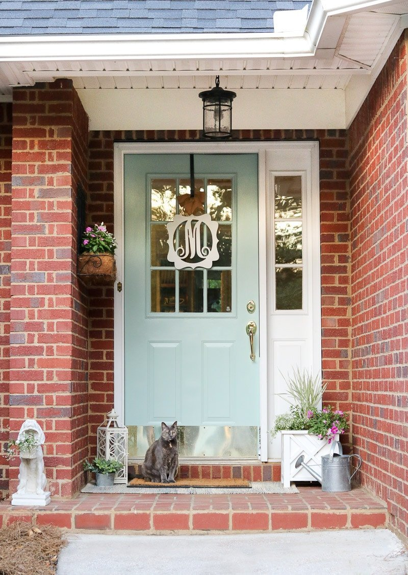 Decor Ideas for Front Porch Unique Simple and Easy Small Front Porch Decorating Ideas Of 2019
