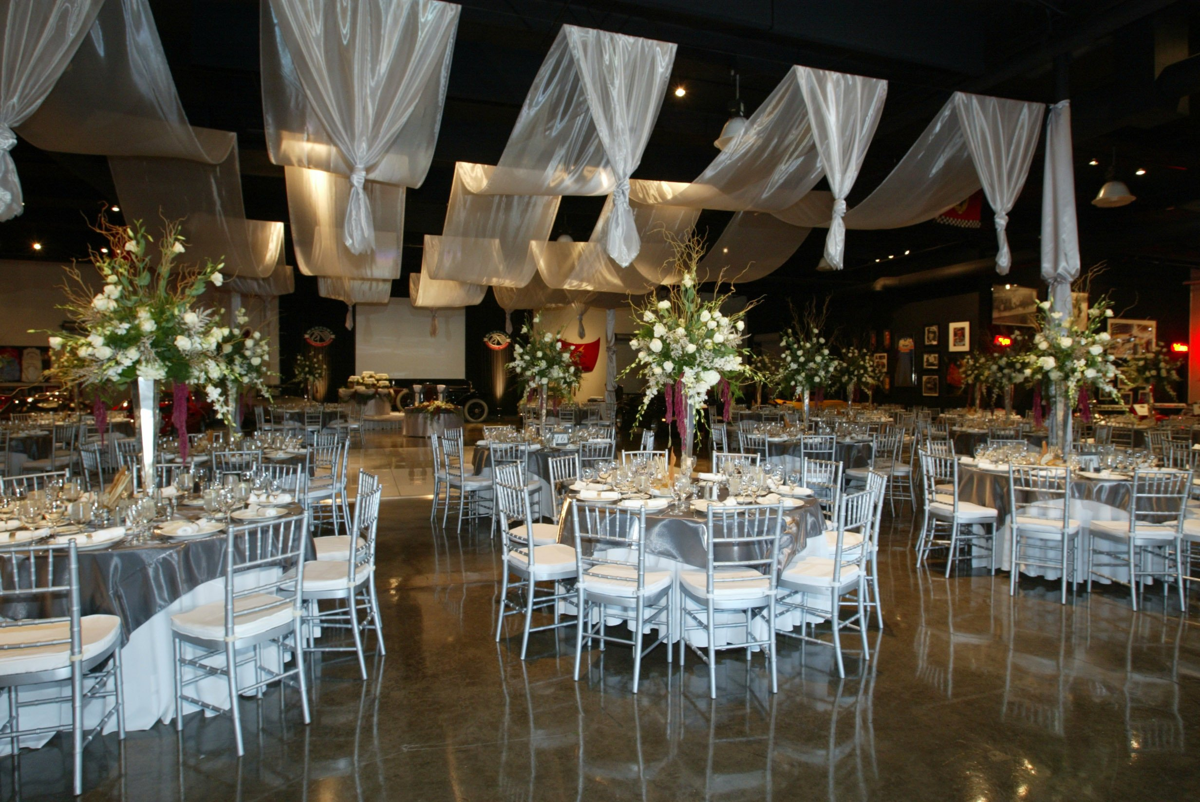 Decor Ideas for Wedding Reception Luxury Wedding Reception at A Glance Madailylife