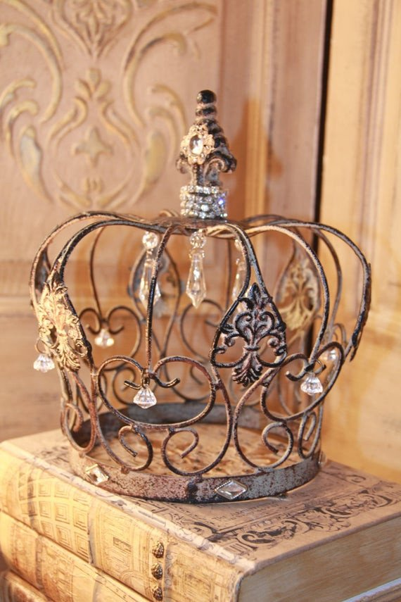 Decorative Crowns for Home Decor New Embellished Metal Crown Rusty Crown Crown Decor French