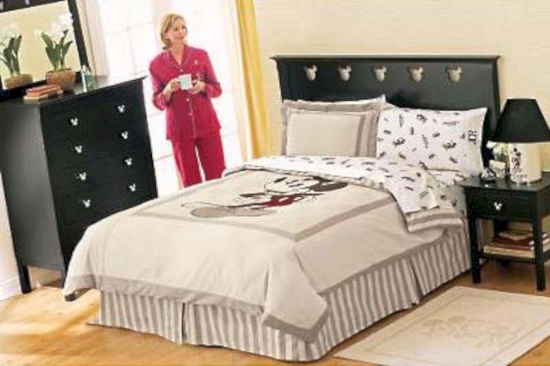 Disney Home Decor for Adults Elegant Disney themed Adult Bedroom – Decoredo