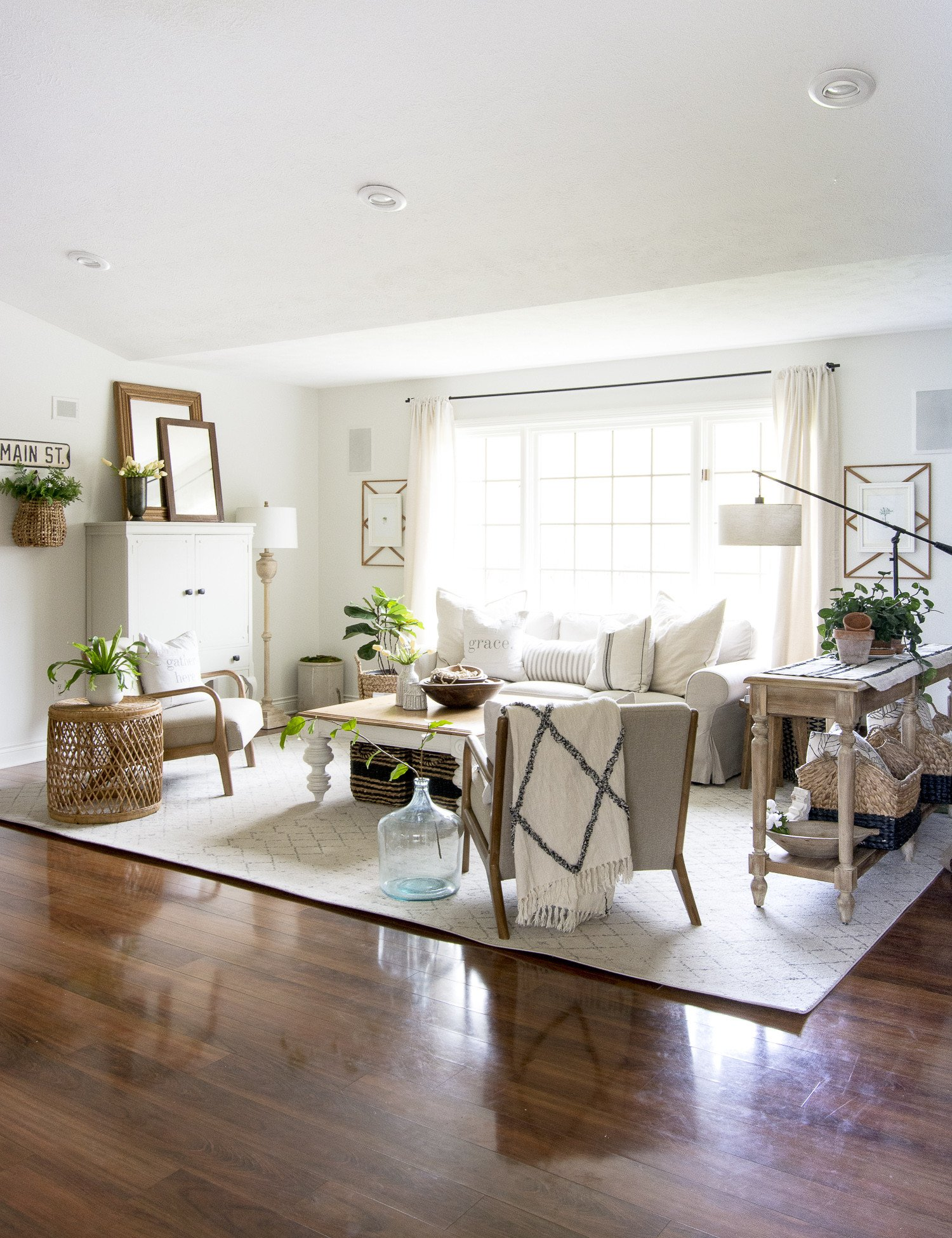 Farmhouse Contemporary Living Room Best Of How to Get the Modern Farmhouse Living Room Look
